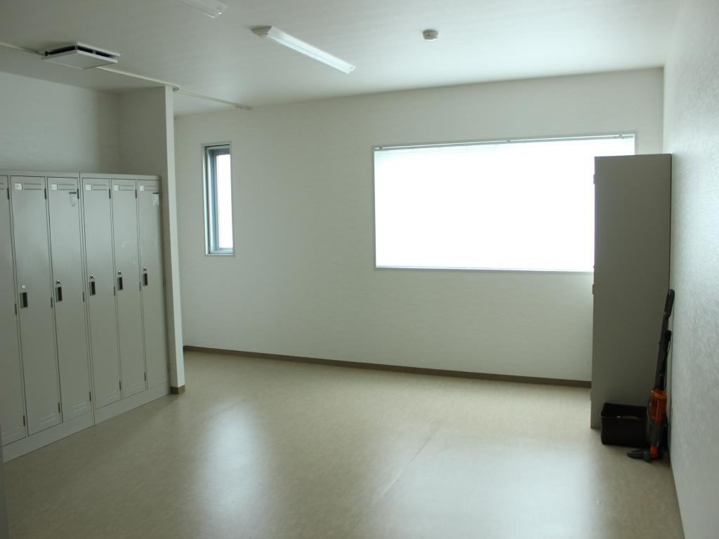 奈良県D社ロッカー室